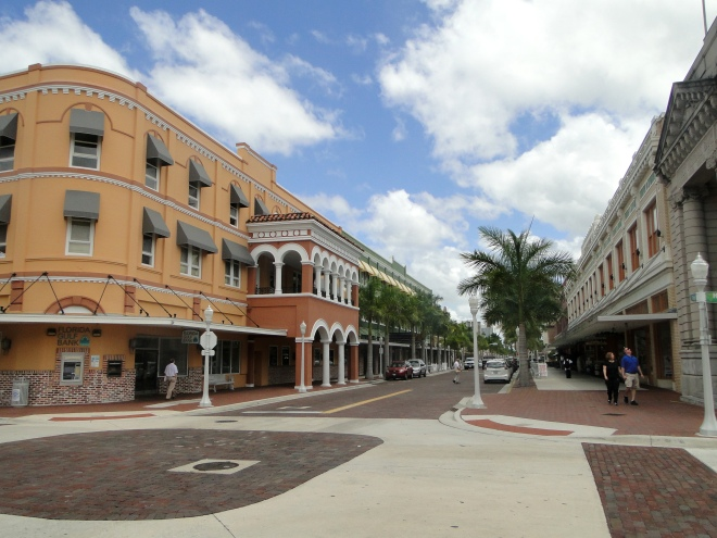 downtownfortmyers4